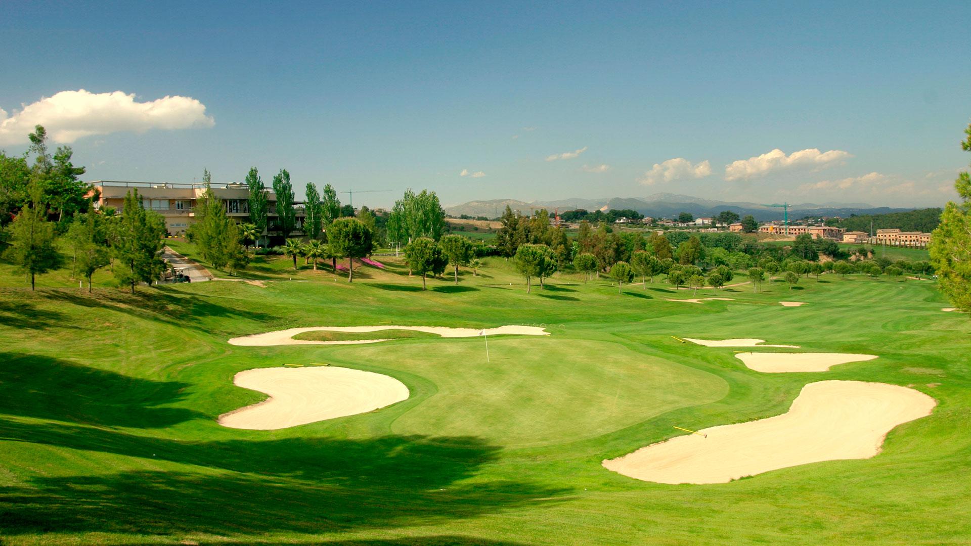 campo de golf barcelona bunkers