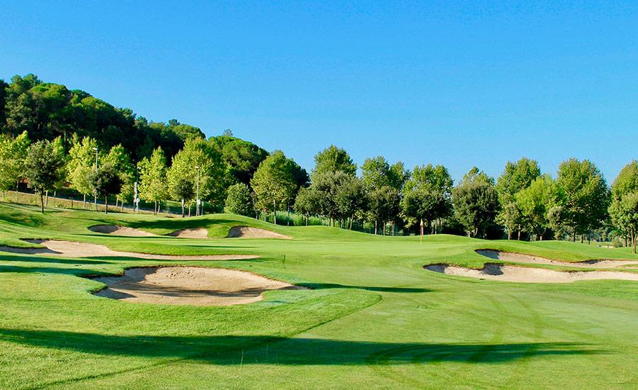 golf en barcelona club de golf la roca hoyo 4