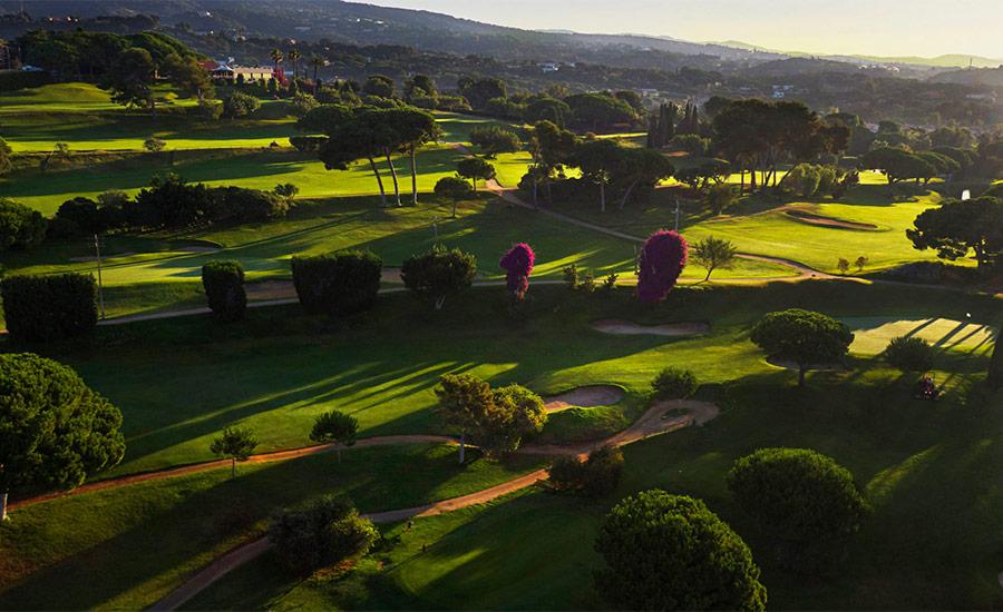 golf en barcelona club de golf llavaneras aerea amanecer