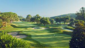 campo de golf vallromanes vistas bunkers y arboles