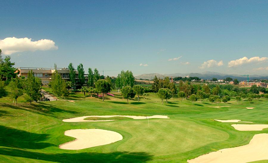 golf en barcelona club de golf barcelona campo y masia bach