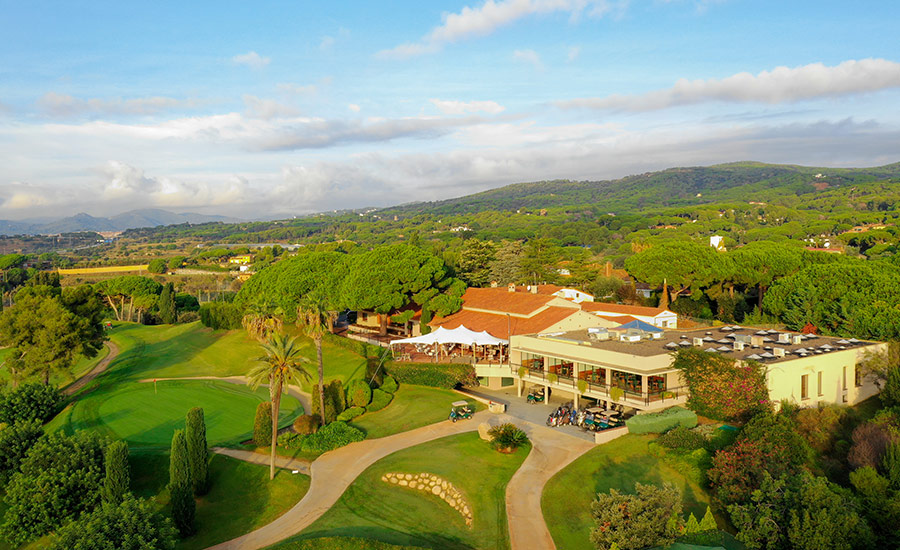 golf en barcelona club de golf llavaneras casa club