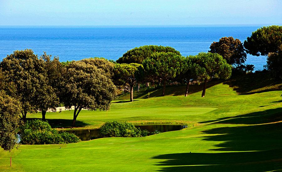 golf en barcelona club de golf llavaneras vistas mar