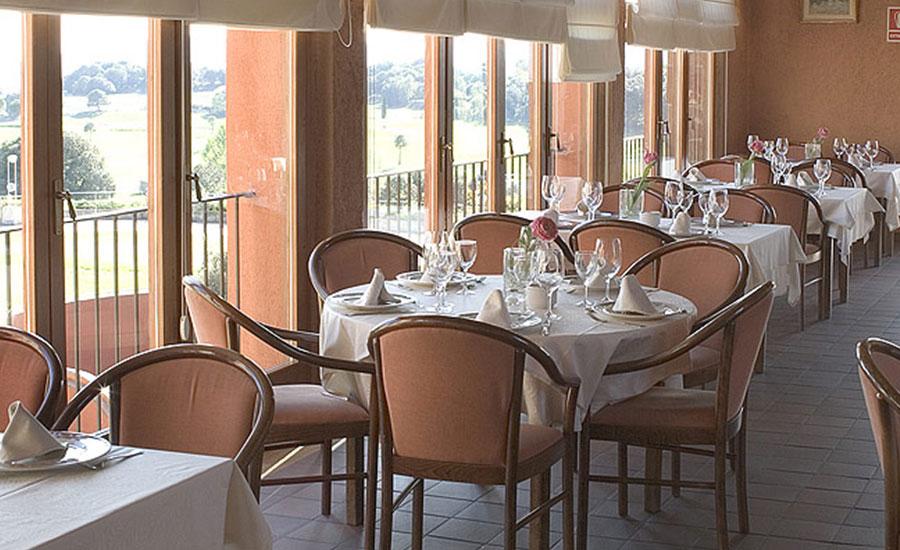 restaurant l'estanyol club de golf montanya